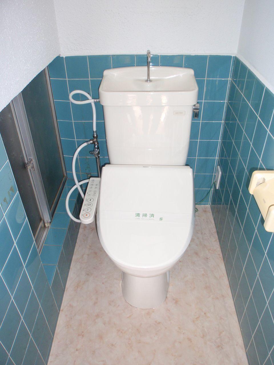 暖房洗浄付トイレ