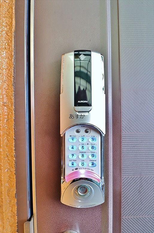 各戸に電子錠がついて安心