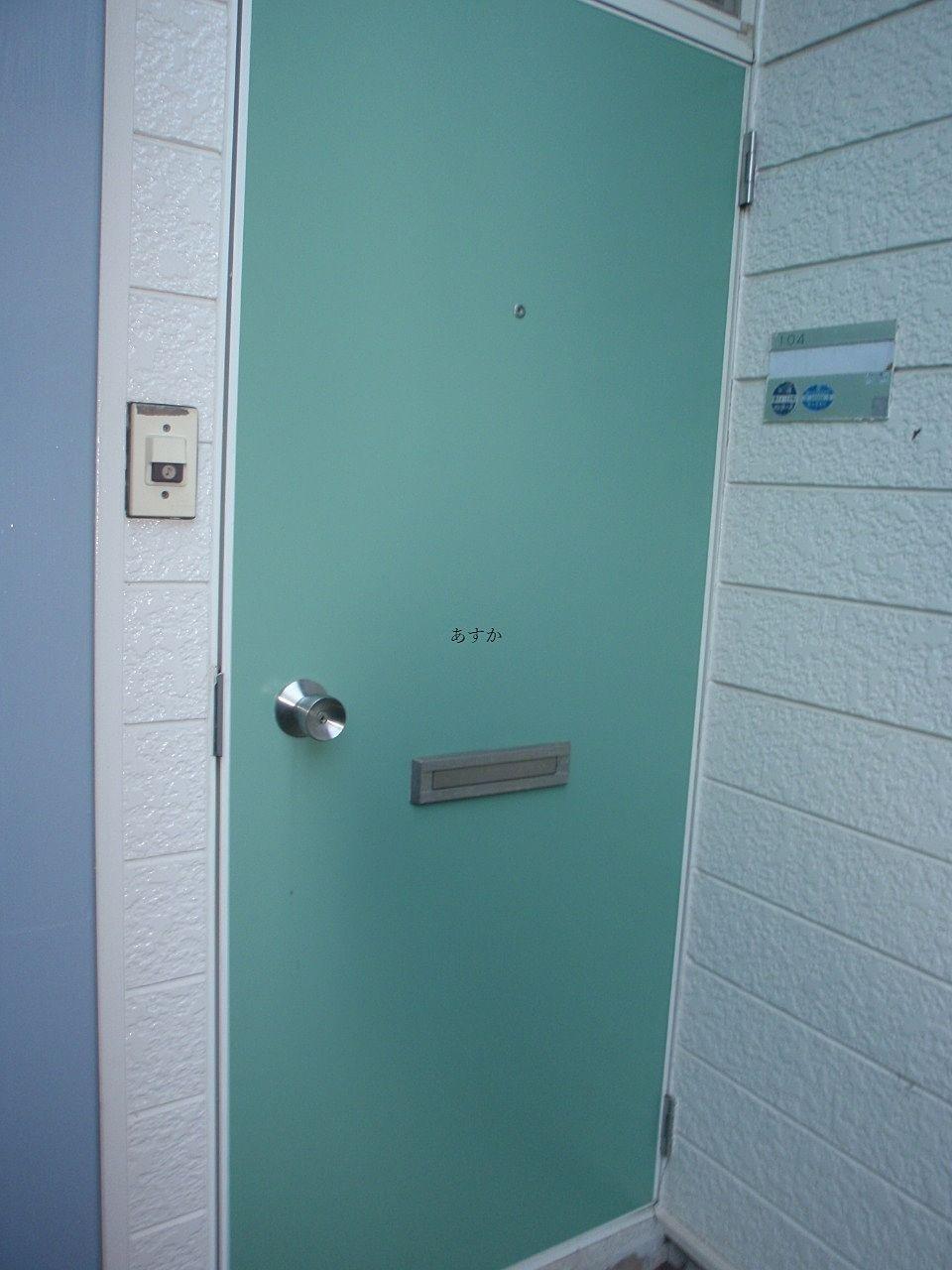 独立した玄関のドア