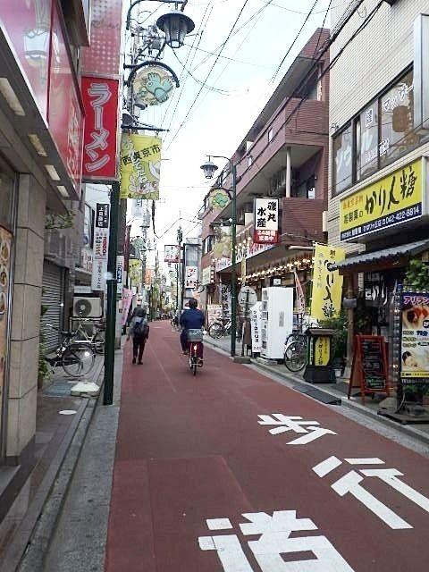 個人商店の多い商店街