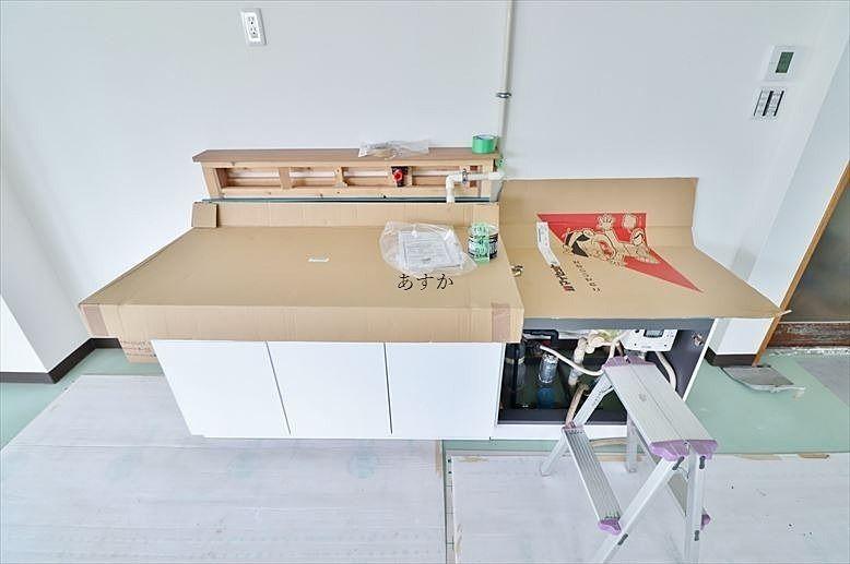 室内設置のキッチン