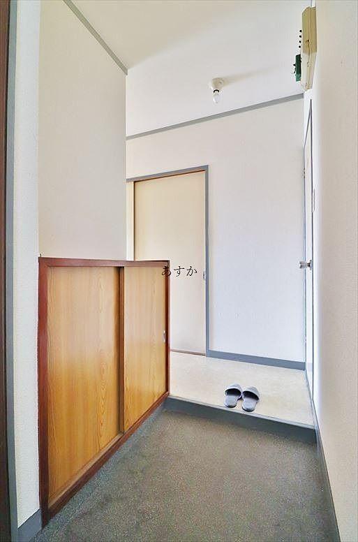 ドアを開けると玄関スペース