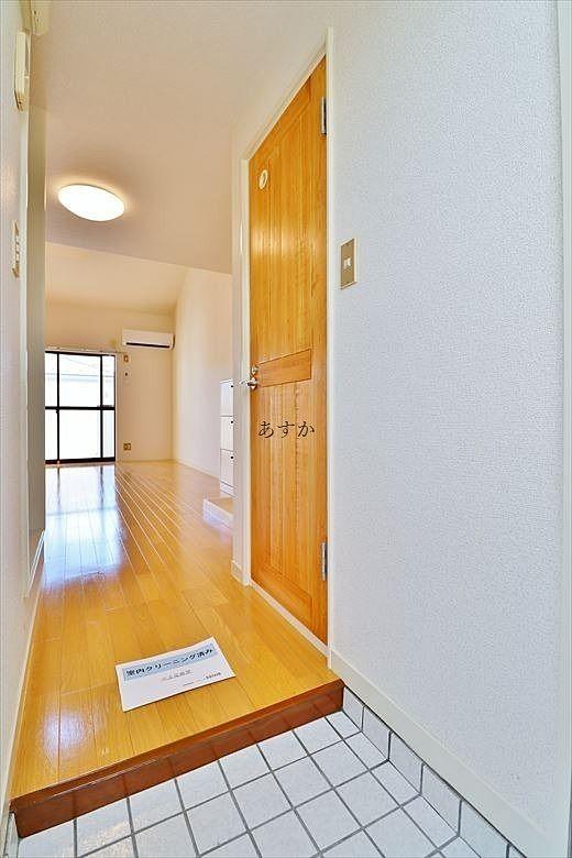 一人暮らしに十分な広さの玄関