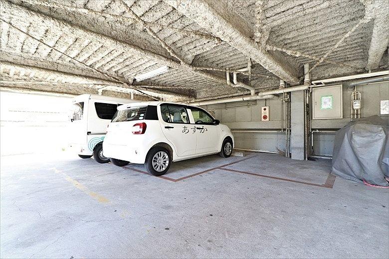 小型車のみ駐車可