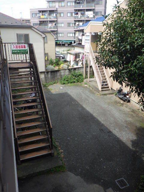 敷地内駐車場は雨の日でも楽々