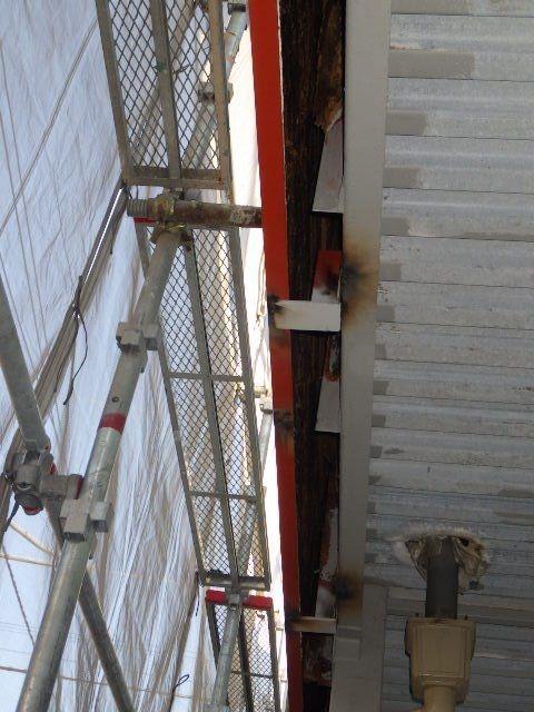 階段下や廊下の作業