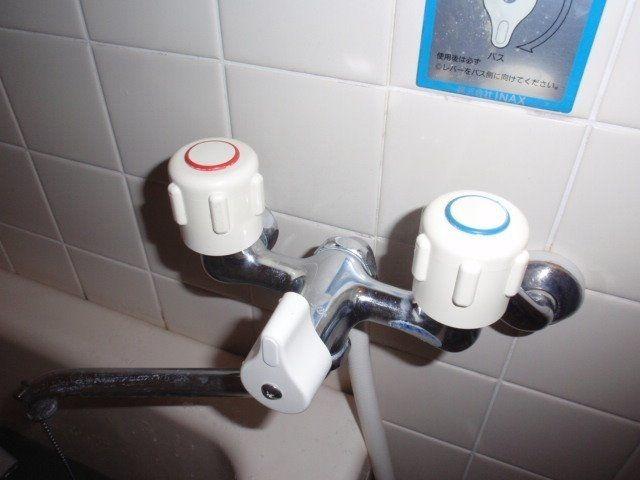水栓が劣化すると根本などから水漏れ