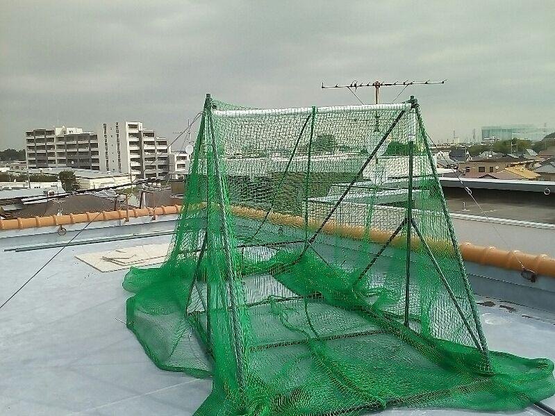 マンション屋上がゴルフ練習場になっている!