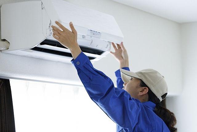 エアコンが効かない!修理の苦情が入ります