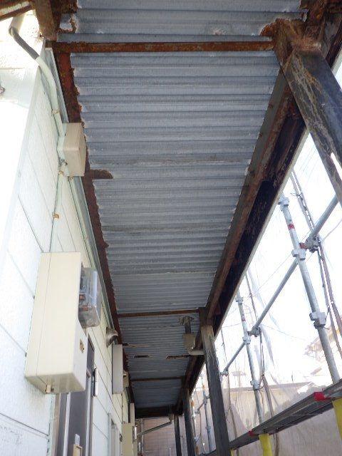 腐食している鉄部の補修及び塗装
