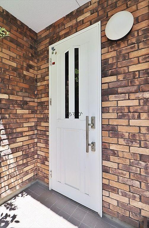 きれいな玄関ドア