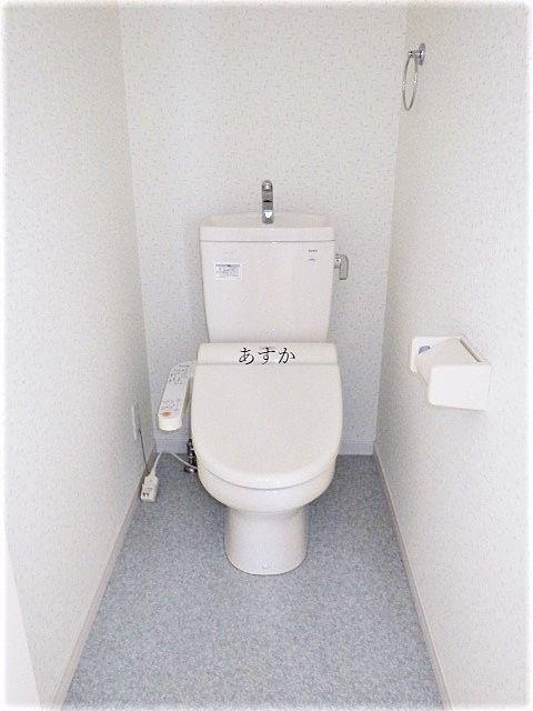 暖房洗浄便座付きトイレ