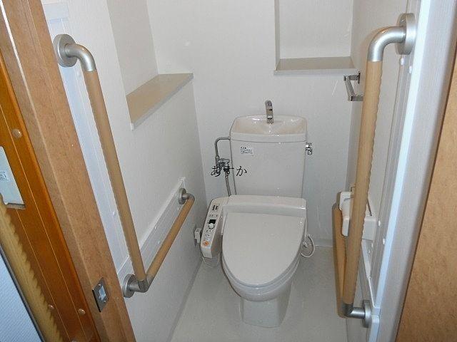 バリアフリーに対応したトイレ