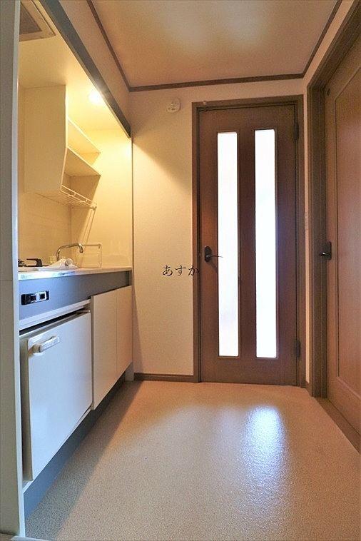 やはり玄関から丸見えにならないドアがあるのはうれしい