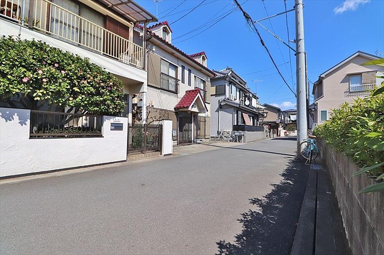 初めて買ったひばりが丘の自宅。その後長い年月アパートとして所有、この度売却。