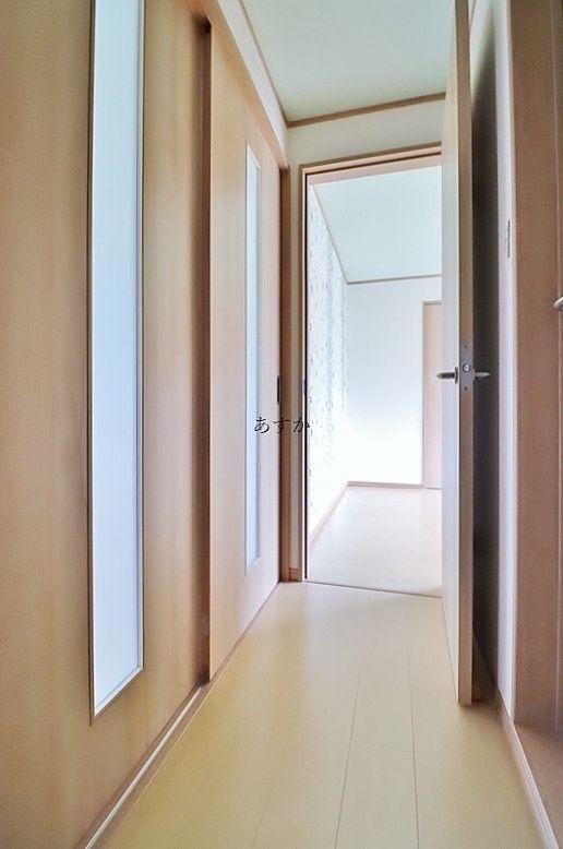 玄関からプライバシーを守れる廊下スペース