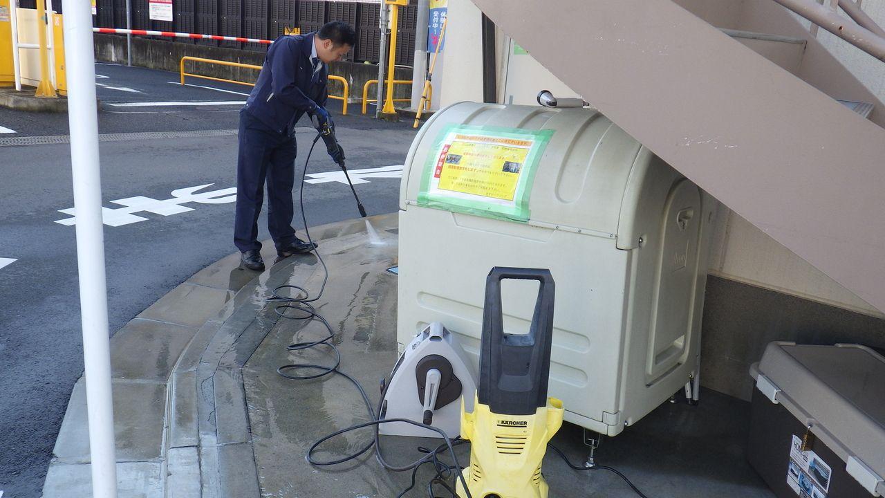 コンクリート部の洗浄