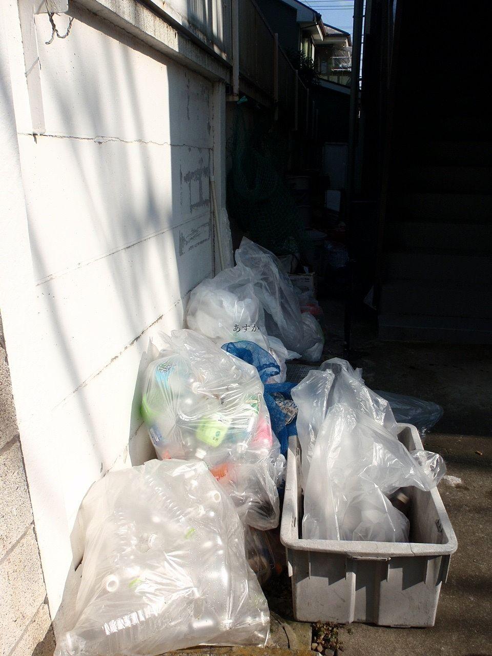 ゴミ置場の惨状
