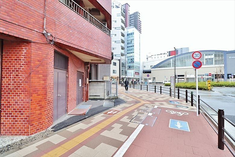 駅前通り側