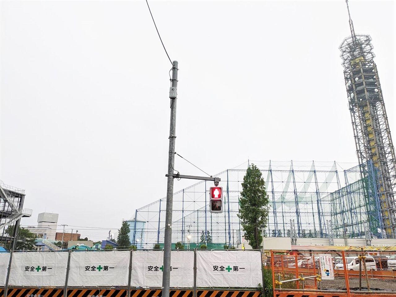 工事現場から見える田無タワー