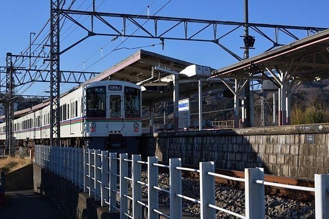 下ってみると、緑豊かな方面高麗駅