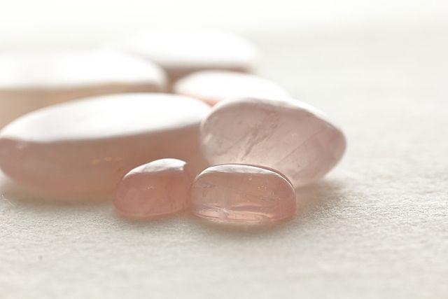 淡いピンクが女性に人気