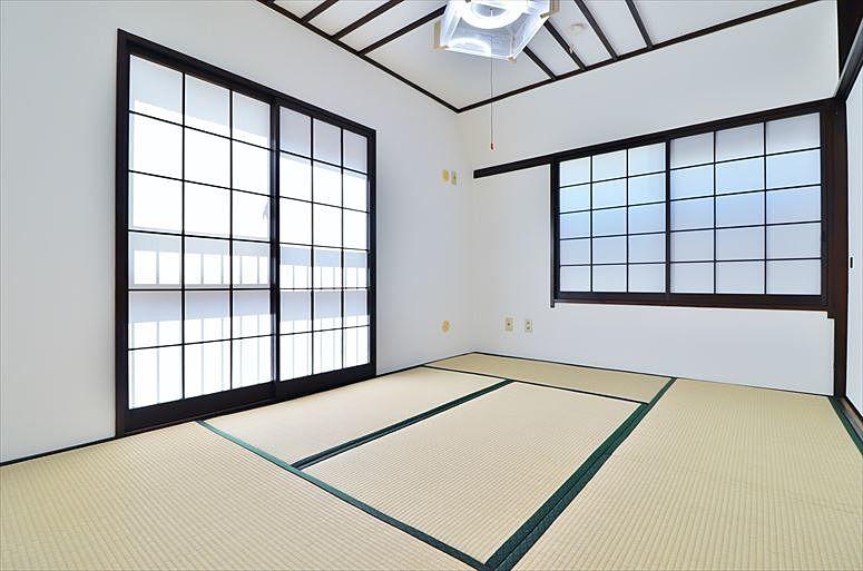 2方に窓のある和室