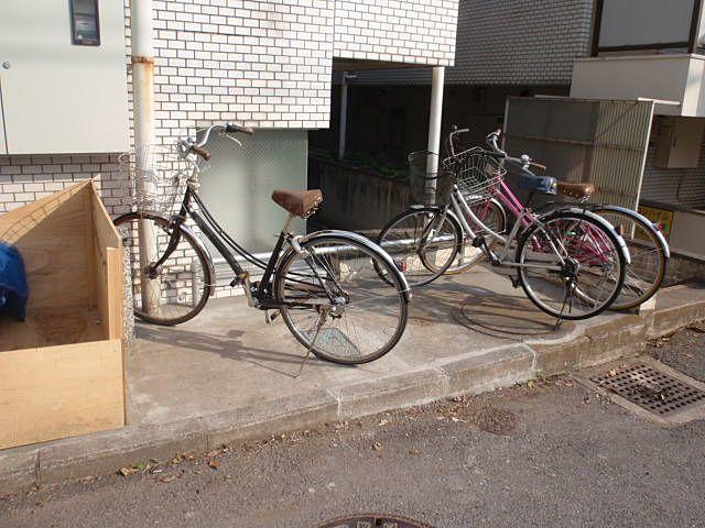 広くなった自転車置場