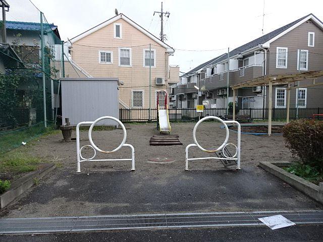 いつもお母さんの自転車の置かれる入口