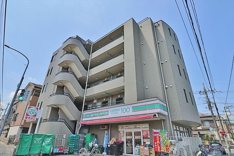 1階に100円ローソン