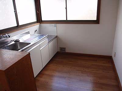 キッチンもきれいに改修