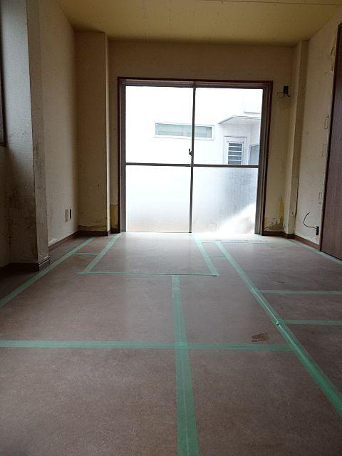 床板を貼る前の下地