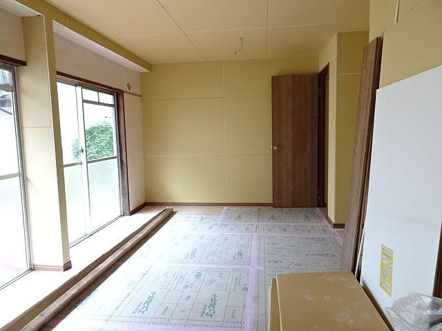 2間を続けた広い居室