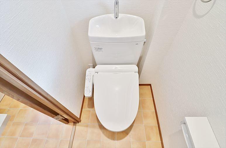 ウオシュレット付トイレ