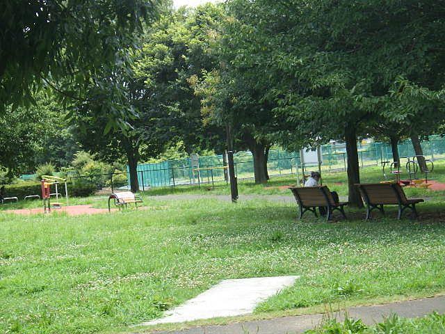 東久留米の中心にある都立六仙公園。