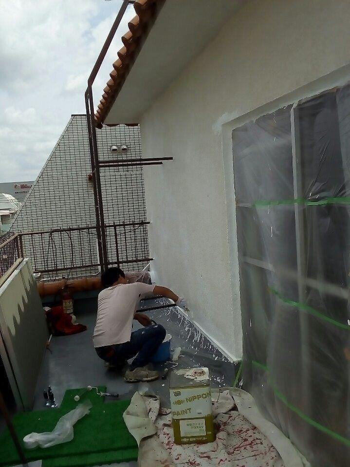 雨漏りの原因となる上階を工事