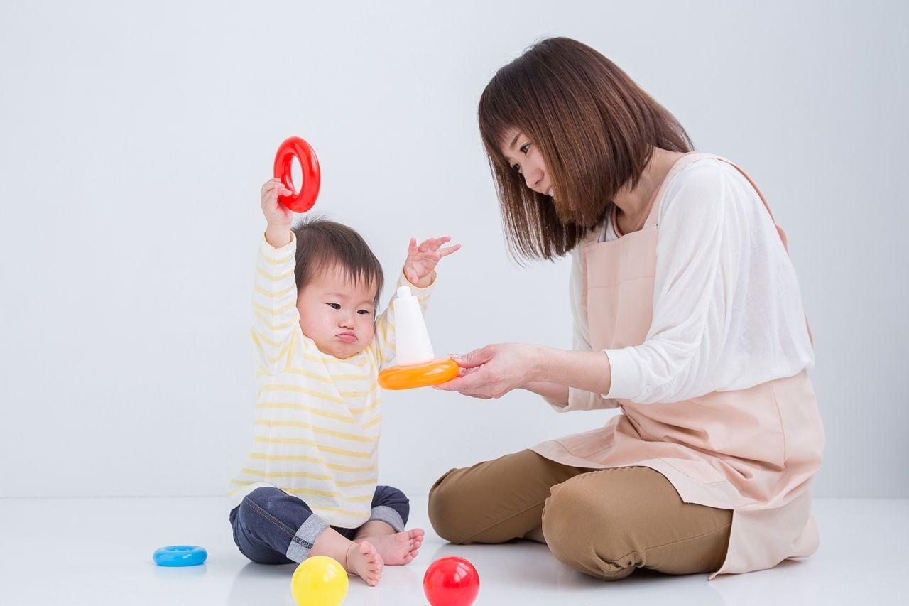 楽しく遊ぶ親子
